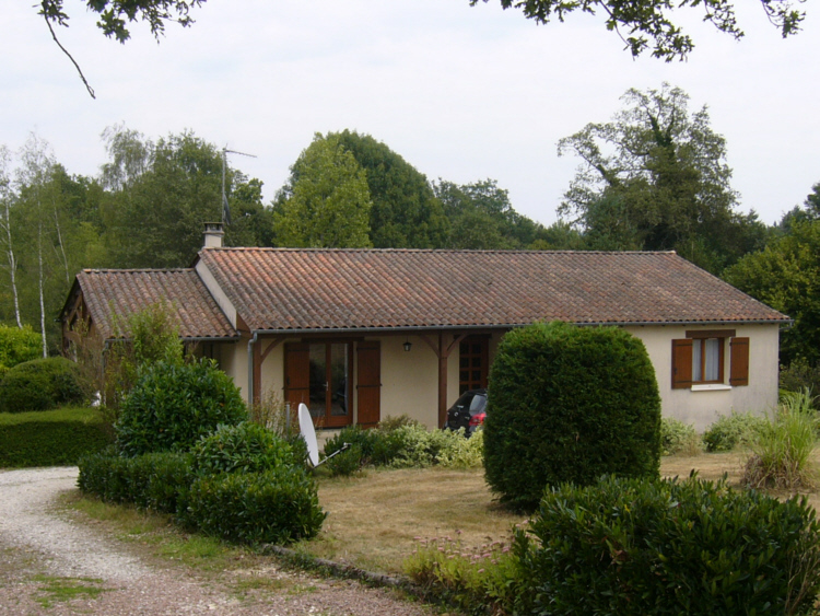holiday house france front of house