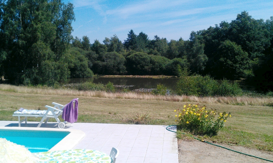 france holiday house front pool, july 2012