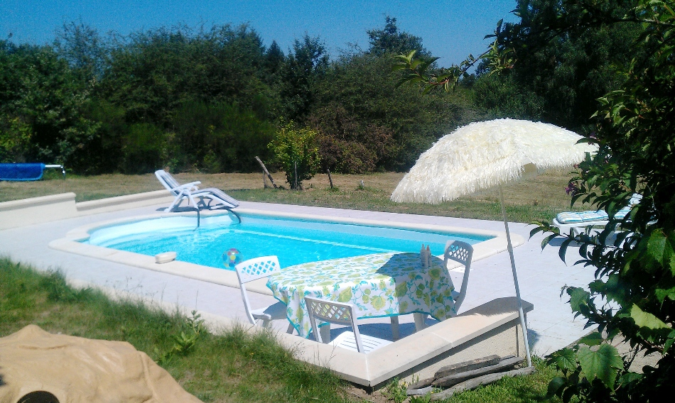 france holiday, pool 3, july 2012